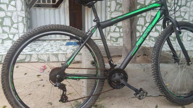 Bicicleta de marcha aro 29 - Foto 5