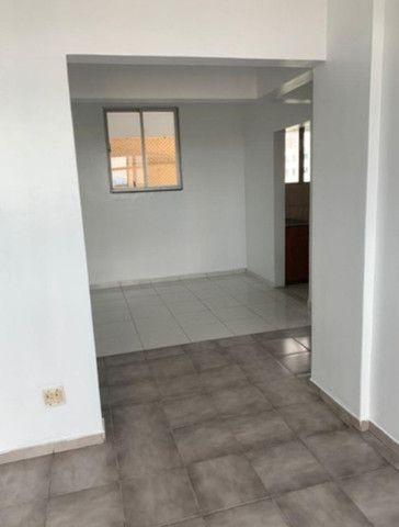 Vende-se Apartamento no Ed. Pedro Carneiro - Foto 2