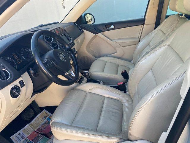 VW Tiguan 2.0 TSI 2011 top de linha com rodas 18, teto solar e interior caramelo - Foto 7