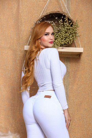 Calça Branca Fênix Brasil Com Modelagem Empina Bumbum. - Foto 4