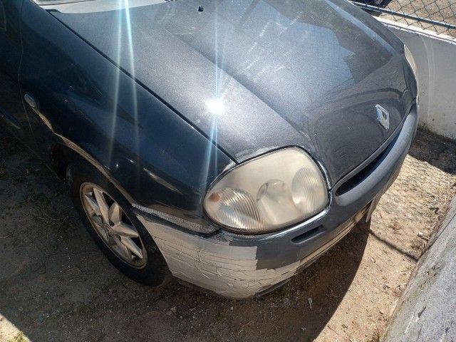 Renault Clio sedã documentos ok - Foto 2