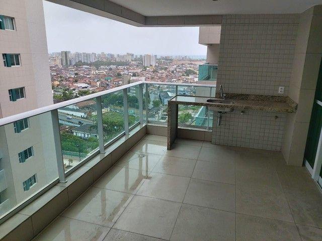 Vendo Apartamento no Edifício Varanda do Alto no Farol - Foto 6