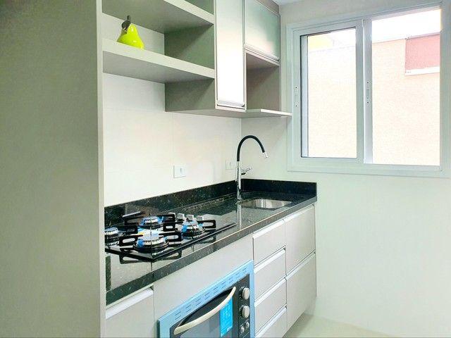 Apartamento de 2 dormitórios com uma suíte, 1 vaga coberta no Vila Fanny. Espaçosa sacada  - Foto 8