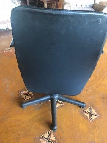 Cadeira de escritório Tok Stok usada - Foto 2