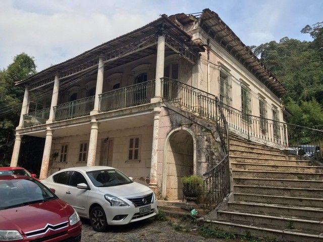 Sobrado para venda tem 200 metros quadrados com 6 quartos em Alto da Serra - Petrópolis -