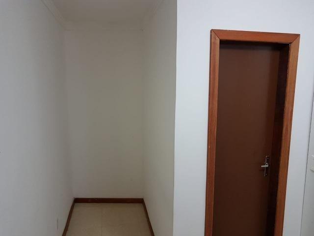 Itapuã Salvador Casa de 4/4 com 2 andares, rua sem saída - Foto 9