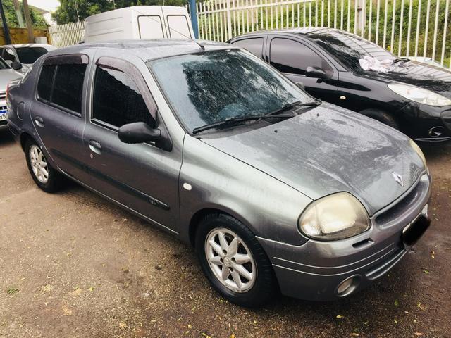 Clio sedan RT 1.6 2001 COMPLETO