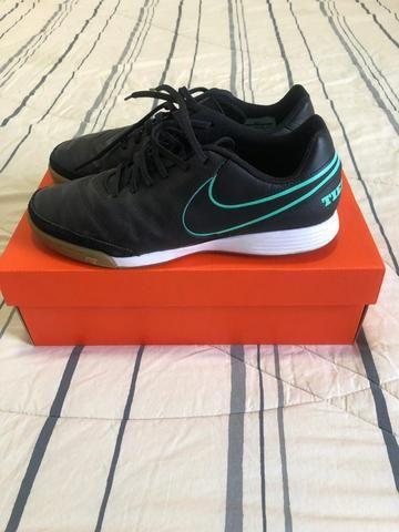 Chuteira Nike futsal Tiempox Genio II n40 - Foto 3