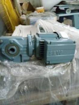 Motoredutores SEW - 12 unidades - vários modelos - Foto 2
