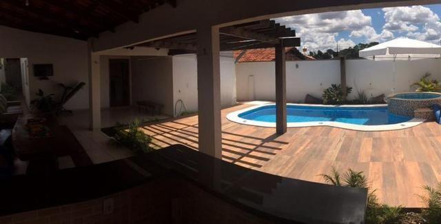 Casa maravilhosa com piscina dos sonhos - Ao lado da Rodoviária e 44 - Foto 12