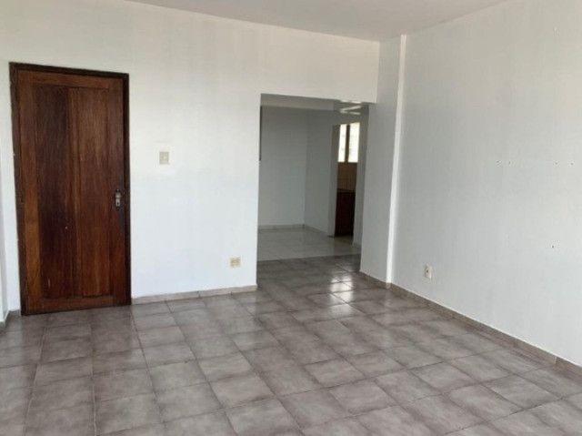 Vende-se Apartamento no Ed. Pedro Carneiro - Foto 3