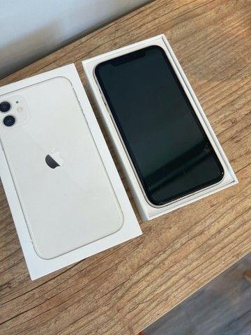 iPhone 11 128GB - VIDRO TRINCADO DA TELA - 12 x 299,90 - Foto 2