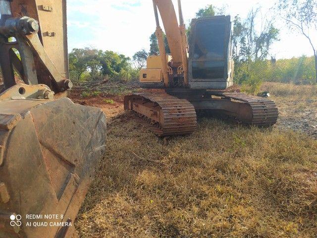 Escavadeira Hyundai LC 7 210 - Foto 3