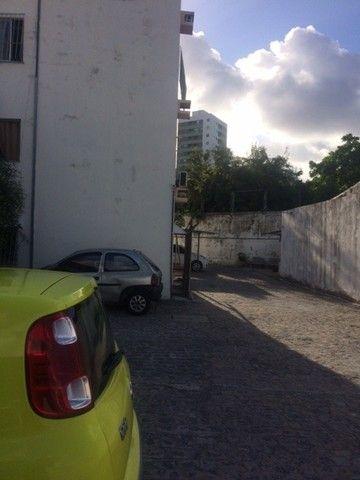 Melhor 02 Quartos, 01 Vaga, 3ºAndar Não Tem Elevador, Campo Grande Ótima Localização - Foto 4