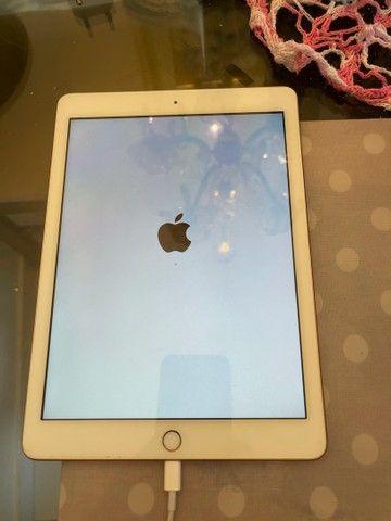 Vendo iPad de última geração Apple gold baixei pra vender logo  - Foto 4