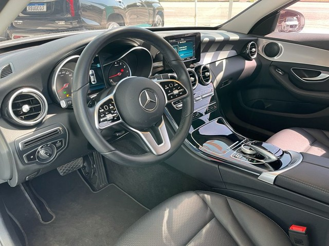 Mercedes C180 Avangard 2019 - Prata Com 19.600 kms Rodados - Foto 6