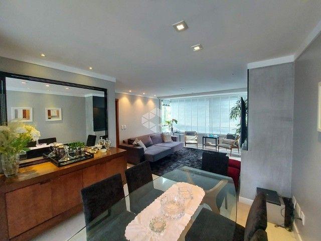 Apartamento à venda com 3 dormitórios em Petrópolis, Porto alegre cod:9947166 - Foto 2