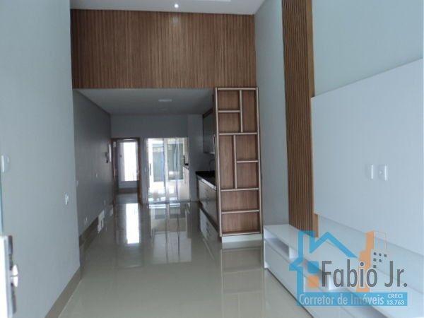 Casa com 3 quartos - Bairro Jardim Nova Era em Aparecida de Goiânia - Foto 2