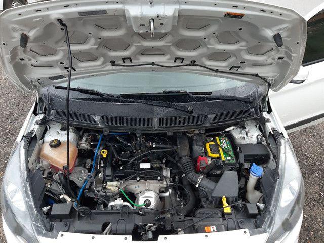 Ford KA SE 4 portas completo Flex com gnv ano 2018 - Foto 16
