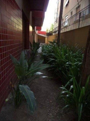 Apartamento 2 dormitórios, 2 boxes, bairro Santana - Foto 3