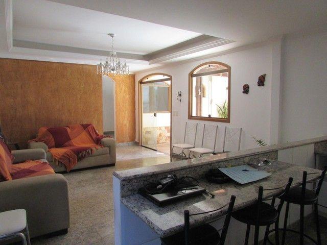 Casa à venda, 4 quartos, 3 suítes, 4 vagas, Braúnas - Belo Horizonte/MG - Foto 2