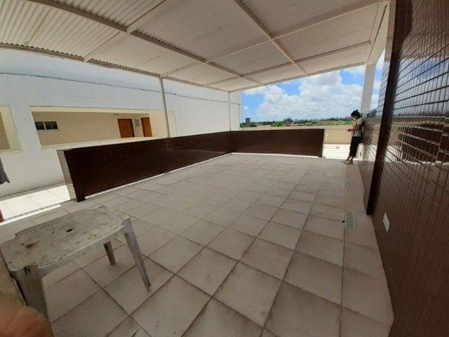 Apartamento no Bancários, 02 quartos com elevador e piscina - Foto 16