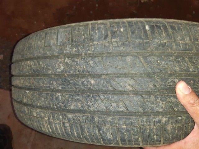Vendo ou troco  pneus para camionete aro 17