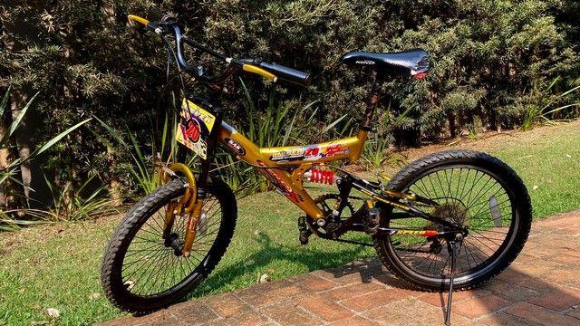 Bicicleta MTB Infantil Kent Hyper 20, Aro 20 - Pouco Usada