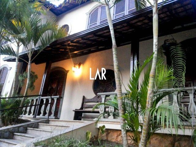 Casa à venda, 6 quartos, 2 suítes, 4 vagas, Cruzeiro - Belo Horizonte/MG