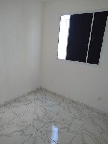 Apartamento novo 2/4   térreo porcelanato - Foto 2