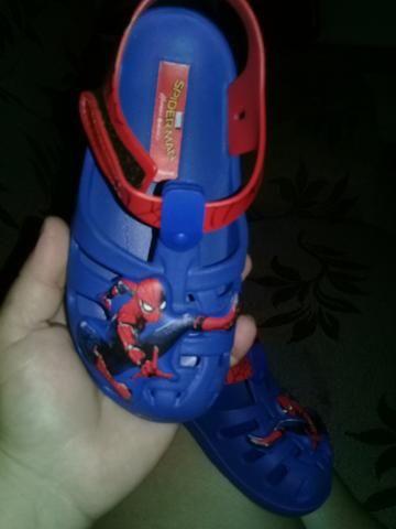Sandalias homem aranha numero 25