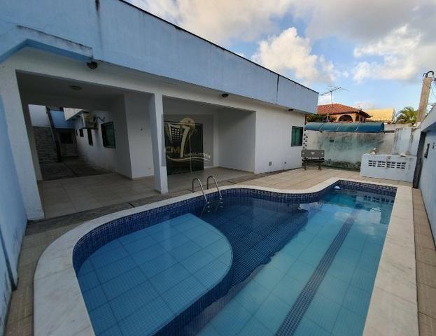 Oportunidade para Locação! Casa com 4 suítes, 6 banheiros e 250m² na Imbiribeira/Ref-519
