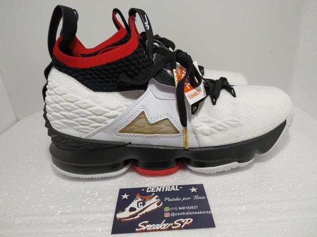 watch aa2a5 2693c Nike LeBron James 15 diamond turf 40