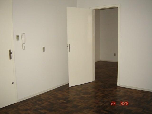 Apartamento para alugar com 3 dormitórios em , cod:I-023308 - Foto 4