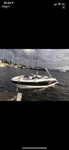 Barco Bayliner 250, motor 350hp, 37 hrs