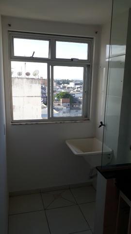 Excelente apt 2 qts com suite, closet e vg em Campo Grande - Foto 6