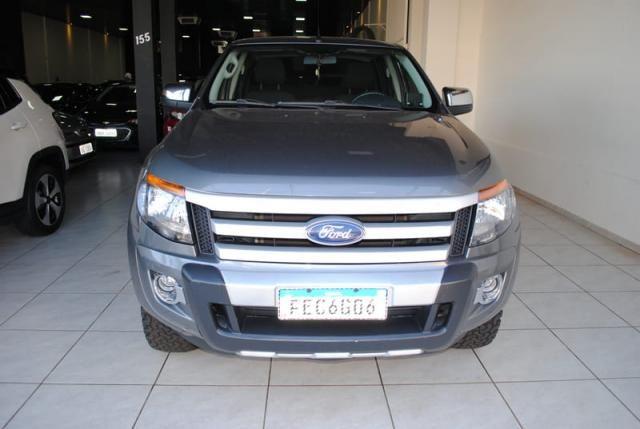 Ford Ranger 2.5 Flex 4x2 CD XLS 2013 - Foto 2