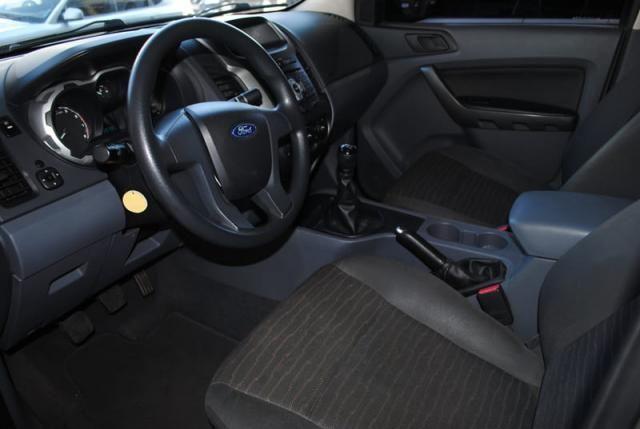 Ford Ranger 2.5 Flex 4x2 CD XLS 2013 - Foto 8