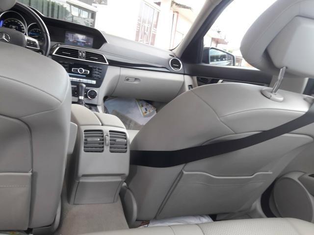Mercedes-Benz C200 CGI Avantgarde 1.8 Turbo - Foto 8