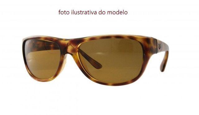 Óculos de sol Ray-Ban Unissex - excelente conservação - Foto 3