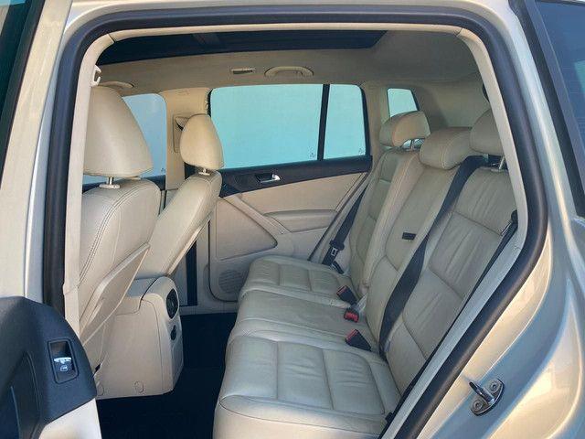 VW Tiguan 2.0 TSI 2011 top de linha com rodas 18, teto solar e interior caramelo - Foto 10