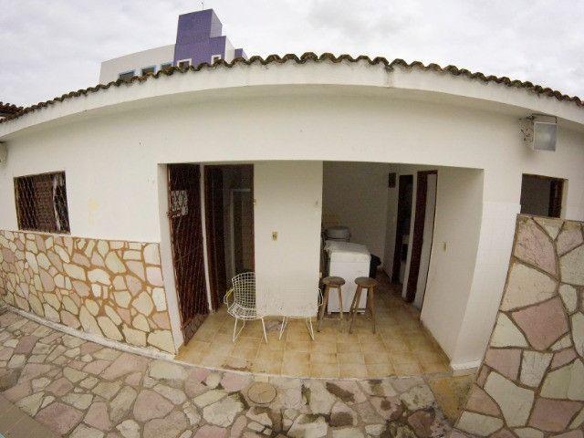 Casa no Catolé - Espaço ideal para clínicas. Terreno 405m² - Foto 12
