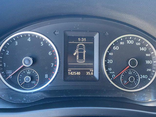 VW Tiguan 2.0 TSI 2011 top de linha com rodas 18, teto solar e interior caramelo - Foto 15