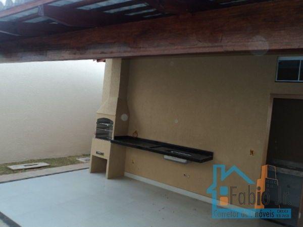 Casa com 3 quartos - Bairro Jardim Mont Serrat em Aparecida de Goiânia - Foto 12