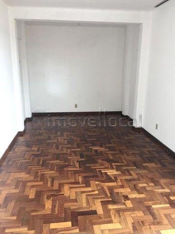 APARTAMENTO com 3 dormitórios à venda com 101.59m² por R$ 220.000,00 no bairro Centro - PO - Foto 2