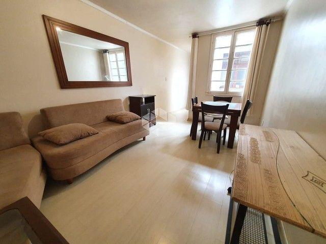 Apartamento à venda com 1 dormitórios em Petrópolis, Porto alegre cod:AP0003