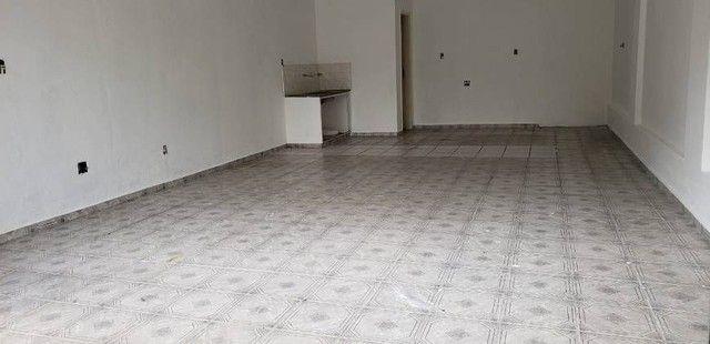 Ponto Comercial e 2 banheiros para Alugar, 100 m² por R$ 8.000/Mês - Foto 9