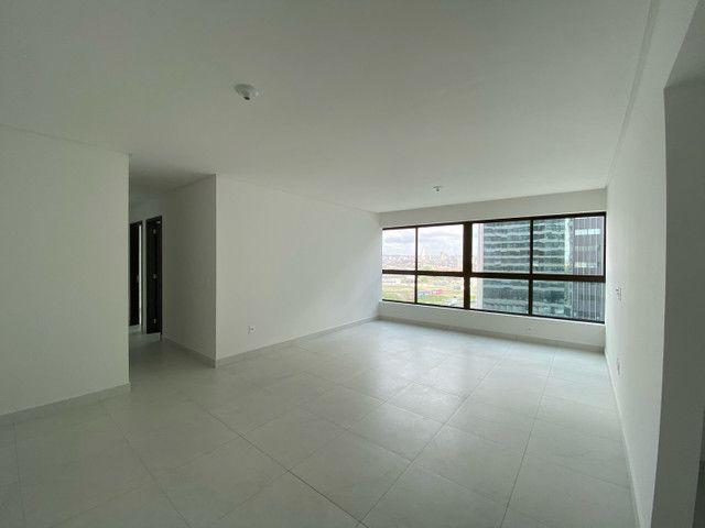 Apartamento com 3 quartos, sendo 1 suíte, no Mirante - Foto 15