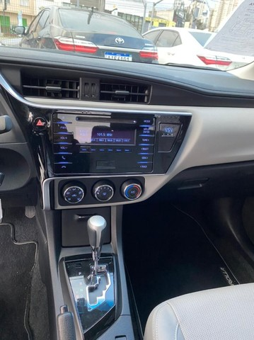 Corolla GLI Upper 1.8 AT 17/18  **Apenas 43 mil km** - Foto 10