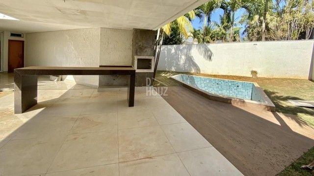 Casa com 3 suítes + 1 escritório suíte à venda, 336 m² por R$ 3.400.000,00 - Jardins Paris